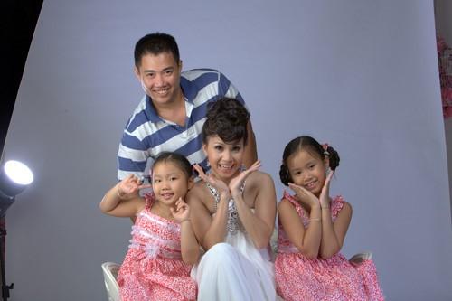Những cặp đôi chung tình của showbiz Việt - Ảnh 1.