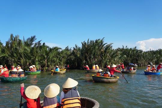 Khu rừng dừa như miền Tây sông nước tại Hội An - Ảnh 1.
