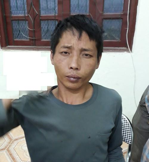 Thấy bé gái 12 tuổi đi vệ sinh, nổi thú tính hiếp dâm - Ảnh 1.