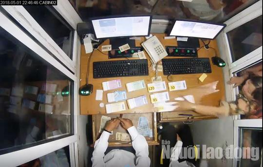 Tài xế đập kính cabin, giật vé, đuổi đánh nhân viên, BOT Ninh Lộc liên tục xả trạm - Ảnh 4.