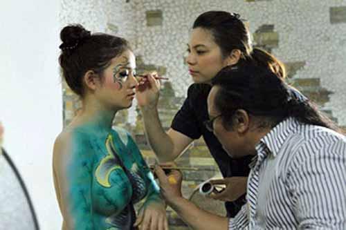 Vụ người mẫu tố bị họa sĩ hiếp dâm: Body painting là gì? - Ảnh 1.