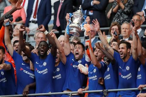 Sắc xanh đè bóng đỏ, Chelsea hạ Man United đoạt FA Cup - Ảnh 10.