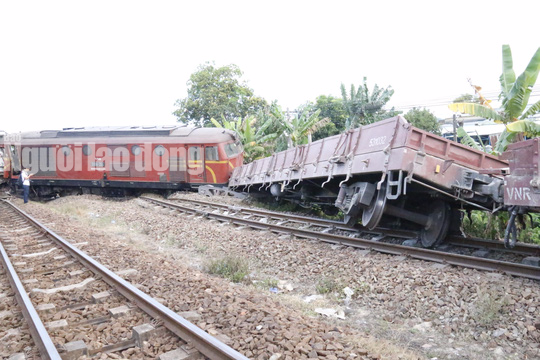 2 tàu hỏa đối đầu do lỗi tác nghiệp trong ga - Ảnh 6.