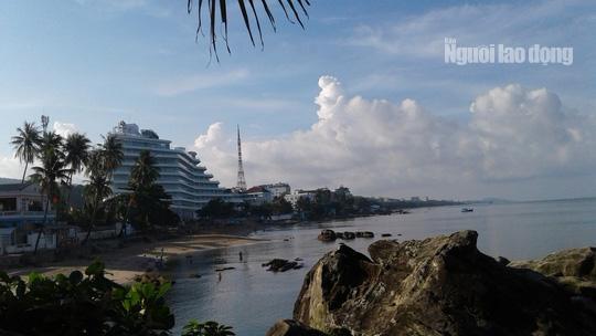 """Khách sạn 5 sao cắt ngọn """"nửa vời"""" ở Phú Quốc chính thức khai trương - Ảnh 6."""