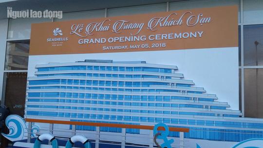 """Khách sạn 5 sao cắt ngọn """"nửa vời"""" ở Phú Quốc chính thức khai trương - Ảnh 1."""