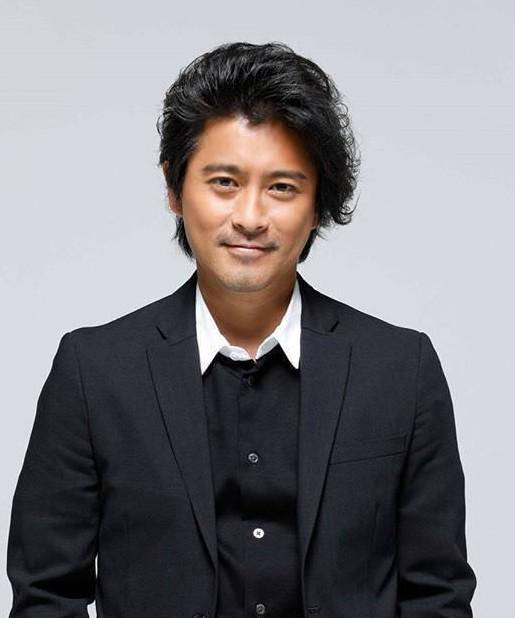 Cưỡng hôn nữ sinh 14 tuổi, ca sĩ Nhật Bản tiêu tan sự nghiệp - Ảnh 1.