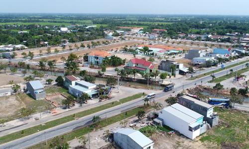 Giá đất Đồng Nai, Long An nổi sóng theo cơn sốt đất Sài Gòn - Ảnh 2.