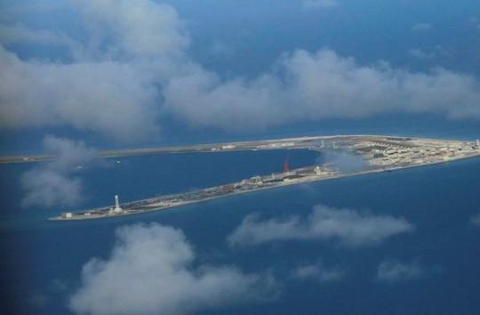 Việt Nam phản ứng Trung Quốc bố trí tên lửa tại Trường Sa - Ảnh 1.
