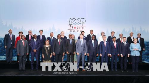 Thủ tướng lên tiếng tại G7: Biển Đông phải là vùng biển hòa bình - Ảnh 1.
