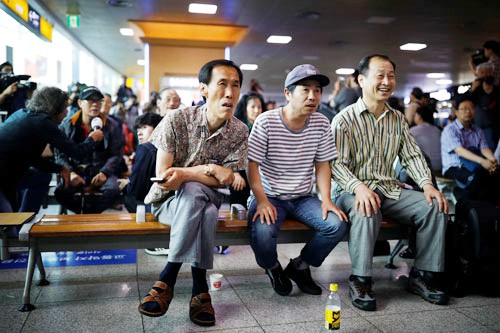 Thượng đỉnh Mỹ - Triều: Cuộc gặp lịch sử, rồi sao nữa... - Ảnh 1.