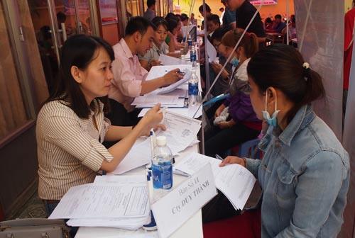 TP HCM khát nhân lực ngành may mặc - Ảnh 1.