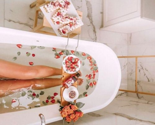Lý do nên dẹp bỏ bồn tắm và quay về với vòi hoa sen - Ảnh 1.
