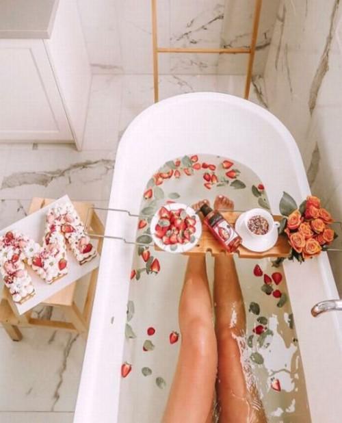 Lý do nên dẹp bỏ bồn tắm và quay về với vòi hoa sen - Ảnh 2.