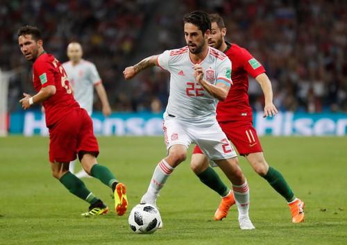 Thất bại World Cup, tuyển Tây Ban Nha mất ngay ba hảo thủ - Ảnh 5.