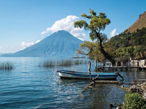 Chiêm ngưỡng những hồ nước đẹp nhất thế giới - Ảnh 6.