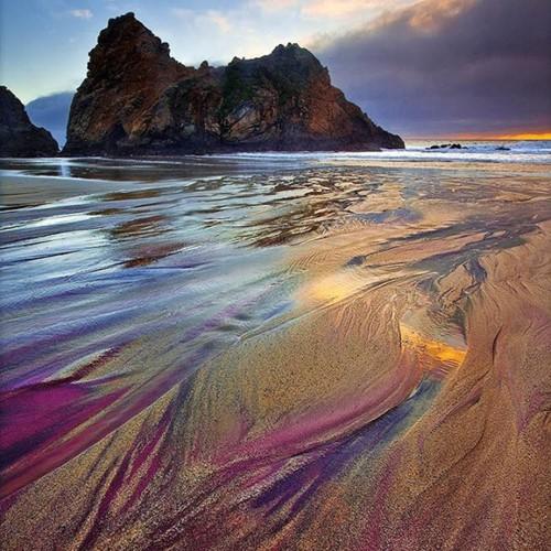 Những bãi biển lạ nhất thế giới ai cũng muốn đến một lần - Ảnh 9.