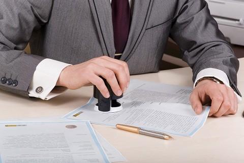 Có được hủy bỏ hợp đồng mua bán đất đã công chứng? - Ảnh 1.