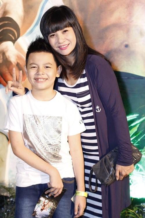 Hé lộ số tiền trợ cấp nuôi con của sao Việt sau ly hôn - Ảnh 4.