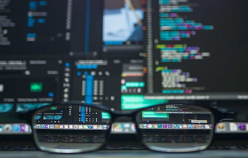 Một triệu máy tính tại Trung Quốc bị hack để đào hai triệu USD tiền ảo - Ảnh 1.