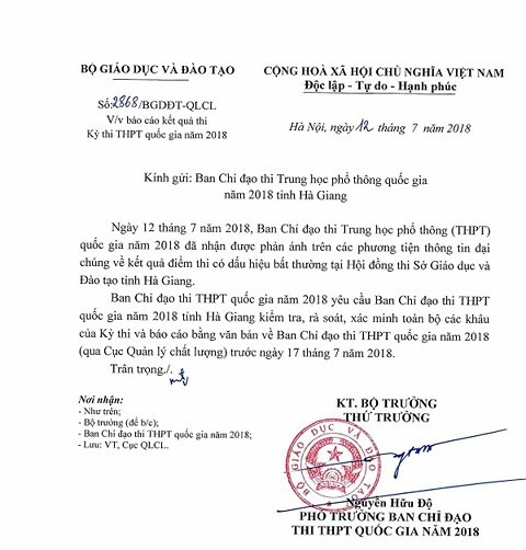 Bộ GD-ĐT yêu cầu xác minh vụ điểm cao bất thường ở Hà Giang - Ảnh 1.