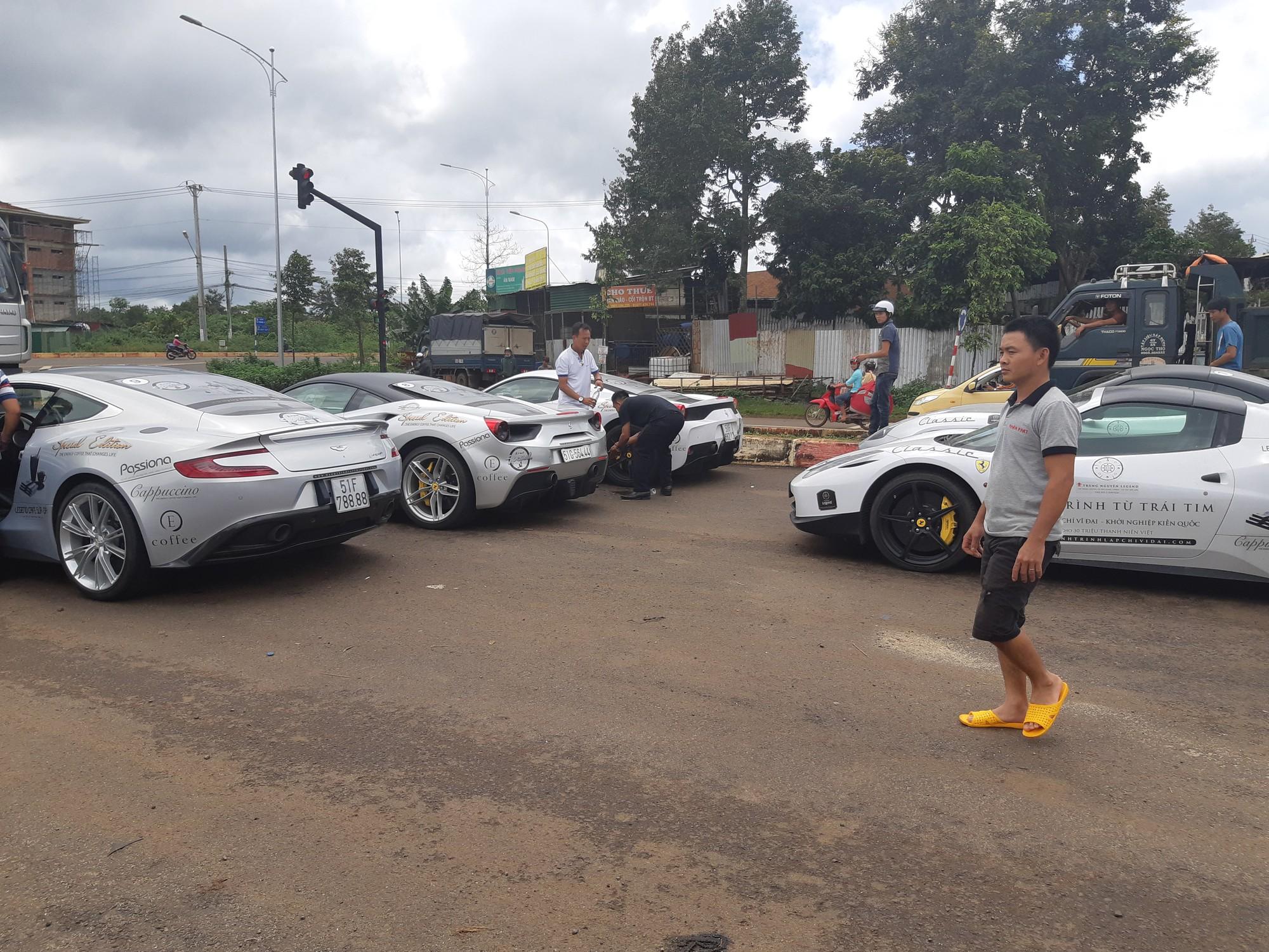 Dàn siêu xe khủng hội tụ tại Buôn Ma Thuột - Đăk Lăk