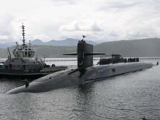 Tàu ngầm vào cuộc đua - Ảnh 1.
