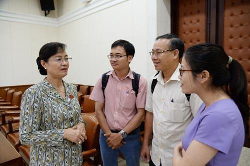 Nhà báo đặt ra nhiều yêu cầu với HĐND TP HCM - Ảnh 1.