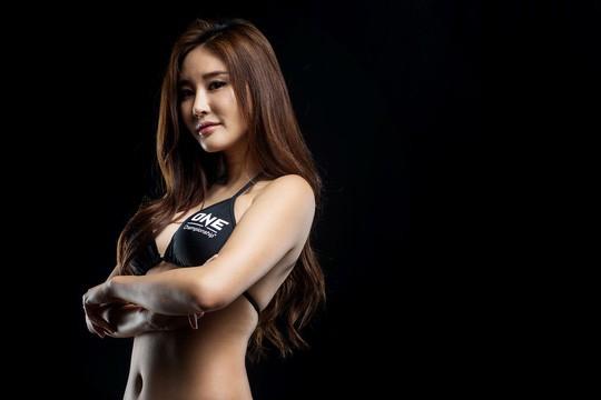 Ngắm dàn mỹ nữ thượng đài cùng Martin Nguyễn - Ảnh 3.