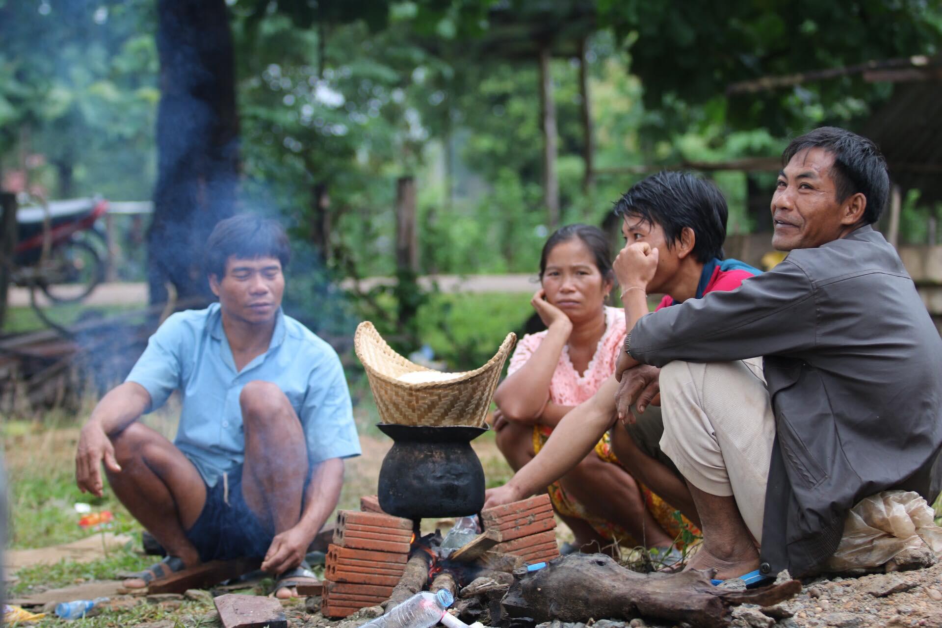 Tình người nơi thảm họa vỡ đập thuỷ điện tại Lào - Ảnh 10.