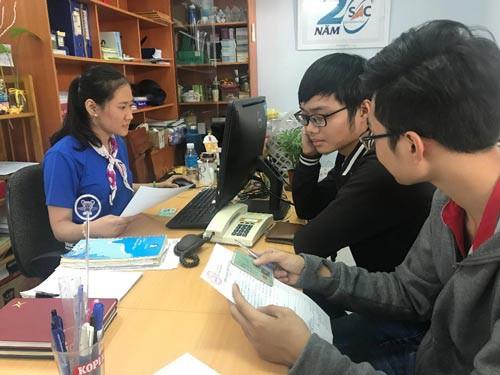 Hơn 800 việc làm thời vụ cho sinh viên, học sinh - Ảnh 1.