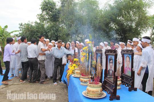Xe rước dâu gặp nạn: Từ đường Nguyễn Khắc phủ trắng khăn tang - Ảnh 3.
