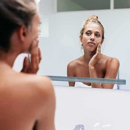 8 sai lầm cần tránh để có làn da sạch mụn - Ảnh 6.