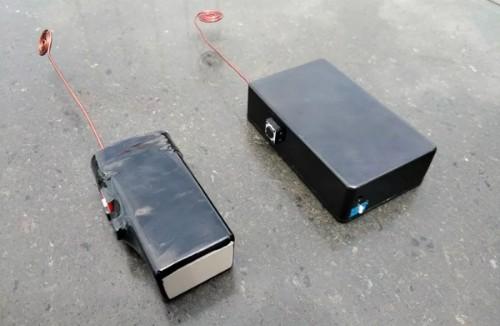 Chiếc hộp có thể mở mọi loại khóa cửa thông minh trong 3 giây - Ảnh 1.