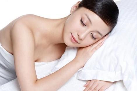 7 điều nên làm vào buổi tối để xinh đẹp vào hôm sau - Ảnh 1.