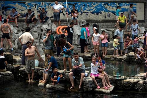 Sóng nhiệt chết chóc đe dọa phía Bắc Trung Quốc - Ảnh 1.