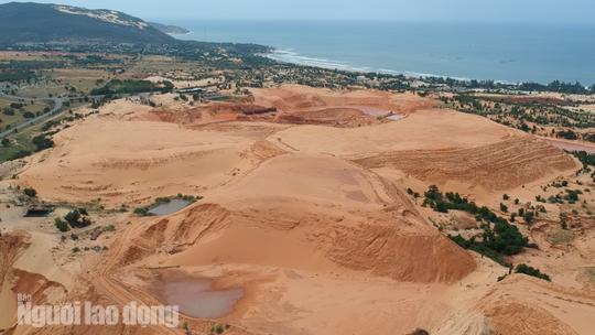 Yêu cầu dừng khai thác tất cả các mỏ titan ở Bình Thuận - Ảnh 1.