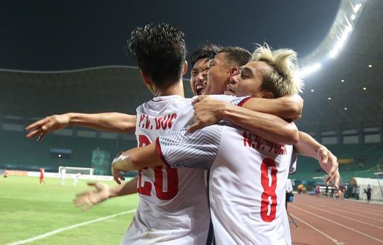 Gần nửa tỉ đồng cho 30 giây quảng cáo trận Olympic Việt Nam - Hàn Quốc - Ảnh 1.