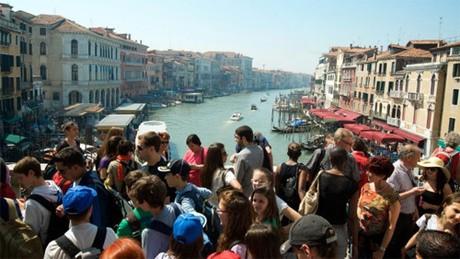 Du lịch đang tàn phá Venice như thế nào - Ảnh 1.