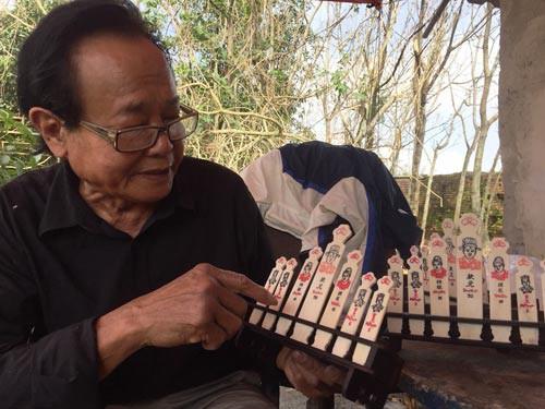 Những người muôn năm cũ: Người độc nhất làm xăm hường xứ Huế - Ảnh 1.