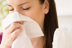 Cách phân biệt cảm lạnh và cảm cúm - Ảnh 1.