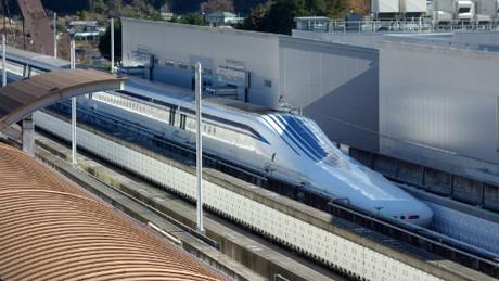 Du lịch bằng tàu cao tốc cả năm chỉ trễ vài giây ở Nhật - Ảnh 1.