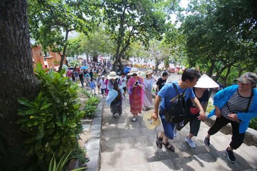 Du lịch Việt ngày càng hấp dẫn - Ảnh 1.
