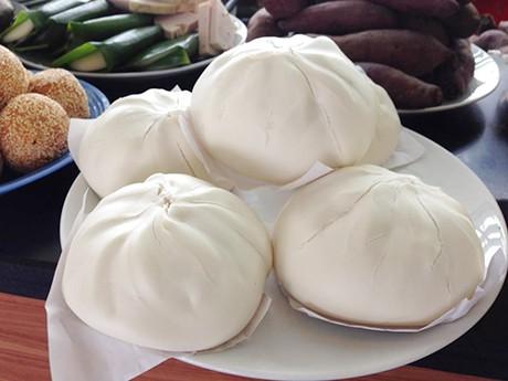 Những món bán cả ngày giá chưa tới 15.000 đồng ở Hà Nội - Ảnh 6.