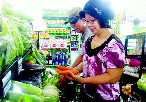 Cư dân chung cư Carina vui mừng đón Co.op Food hoạt động trở lại - Ảnh 1.