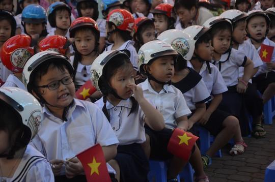 Chủ tịch nước Trần Đại Quang: Giáo dục luôn được đặt ở vị trí trung tâm - Ảnh 18.