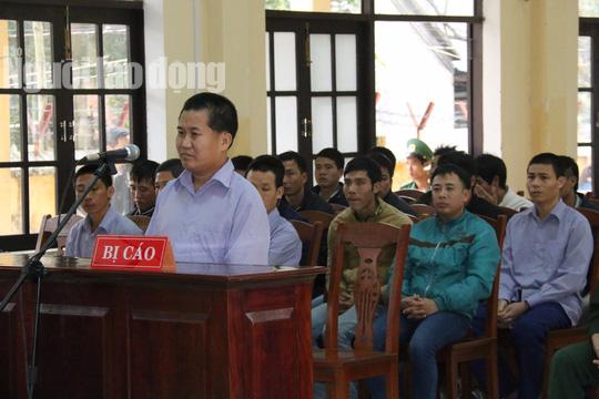 Phó Đồn Biên phòng Cửa khẩu Nam Giang phủ nhận chủ mưu phá rừng - Ảnh 1.