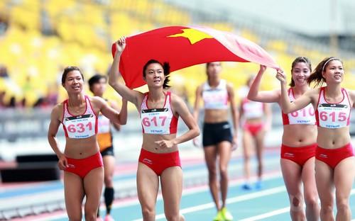 Lê Thanh Tùng, Bùi Thu Thảo đăng quang Cúp Chiến thắng - Ảnh 4.