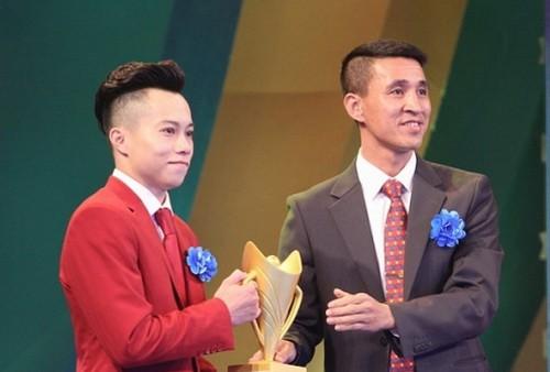Lê Thanh Tùng, Bùi Thu Thảo đăng quang Cúp Chiến thắng - Ảnh 1.