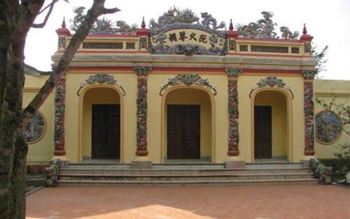 Bí ẩn cuộc đời vua Quang Trung - Ảnh 2.