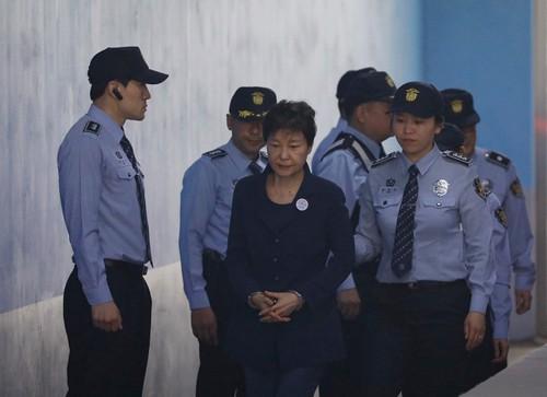 Bà Park bị chồng chất thêm tội - Ảnh 1.